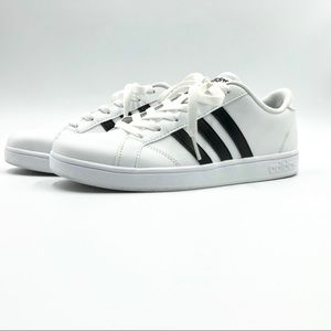 adidas Shoes - Adidas youth size 5.5 equivalent to women's Sz 7.5